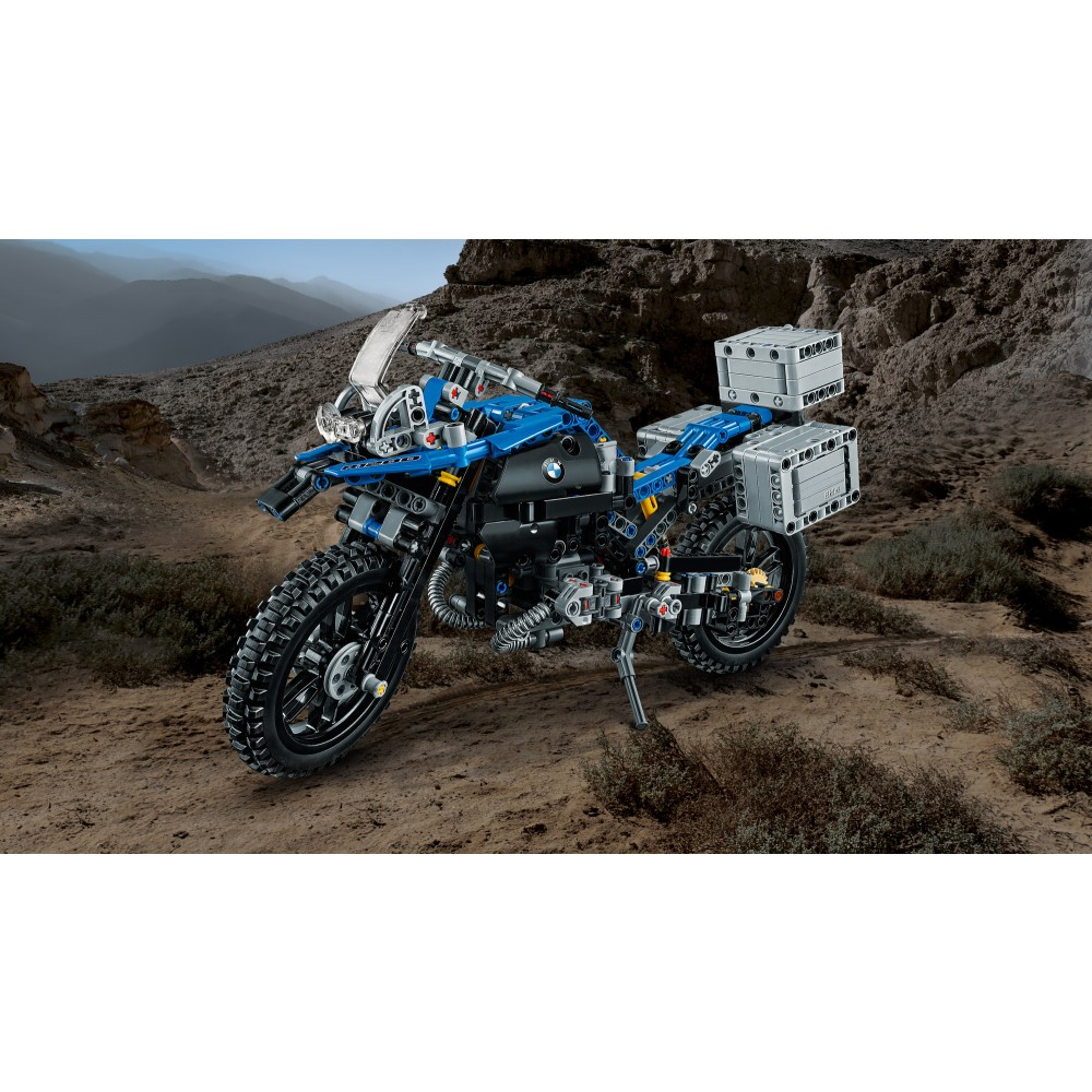 bmw r 1200 gs adventure lego technic 42063. Black Bedroom Furniture Sets. Home Design Ideas