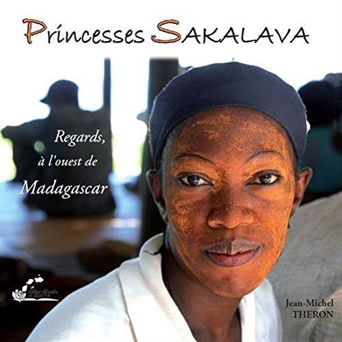 Princesses Sakalava regards, à l'ouest de Madagascar