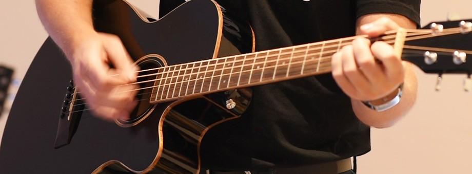 Guitares Classiques, Folk, électriques et électro-acoustiques