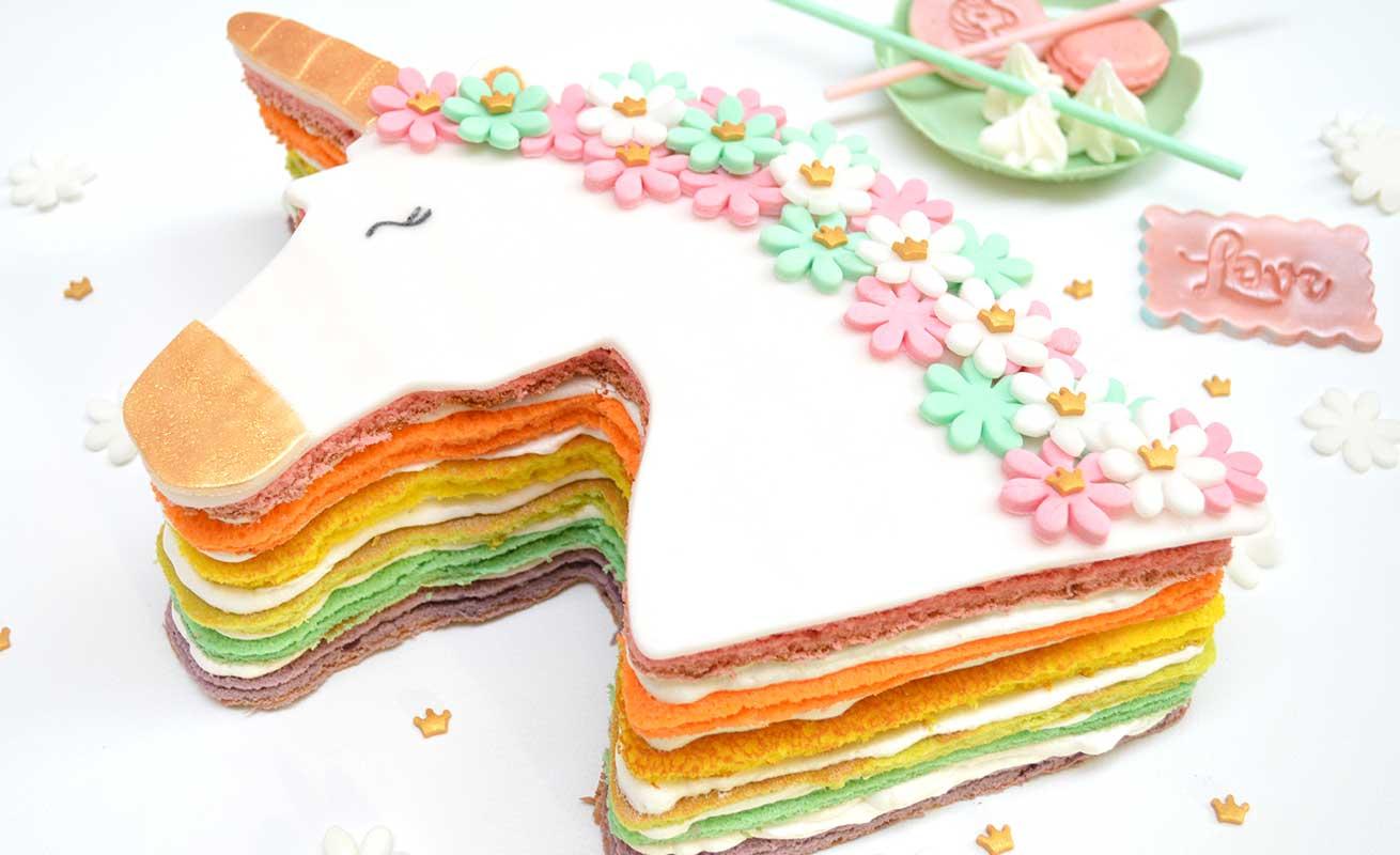 Rainbow cake Licorne
